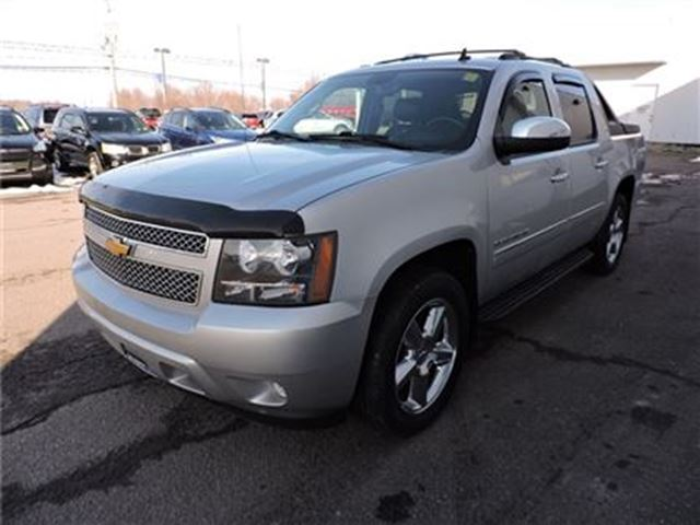 2011 chevrolet avalanche 1500 ltz ottawa ontario car for sale 2651265. Black Bedroom Furniture Sets. Home Design Ideas