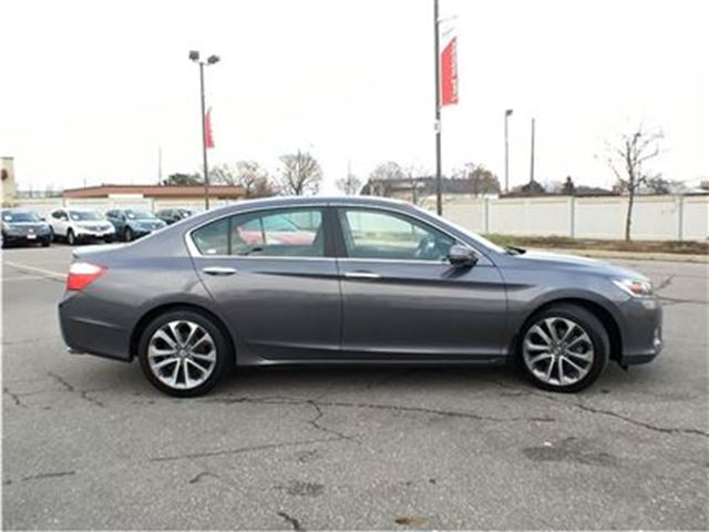 2013 honda accord sport mississauga ontario used car for sale 2651721. Black Bedroom Furniture Sets. Home Design Ideas
