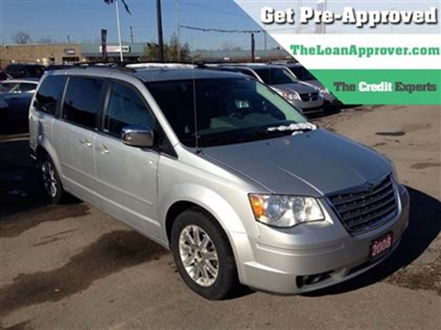 2008 chrysler town and country touring dvd s g london ontario used car for sale 2655112. Black Bedroom Furniture Sets. Home Design Ideas