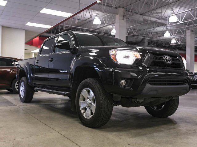 2015 toyota tacoma trd sport heated seats touch screen back up camera aux usb alloy rims. Black Bedroom Furniture Sets. Home Design Ideas