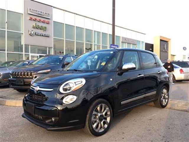 2015 fiat 500l lounge pickering ontario used car for sale 2652378. Black Bedroom Furniture Sets. Home Design Ideas