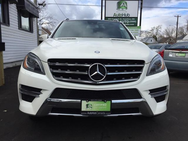 2013 mercedes benz m class ml350 top of the line headrest for Mercedes benz top of the line