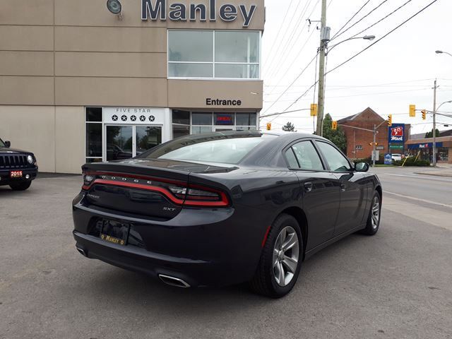 2016 dodge charger sxt lindsay ontario car for sale 2655284. Black Bedroom Furniture Sets. Home Design Ideas