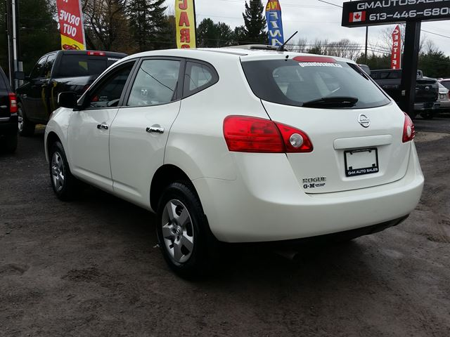 2010 nissan rogue s rockland ontario used car for sale. Black Bedroom Furniture Sets. Home Design Ideas