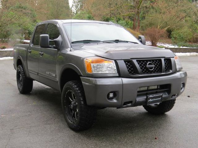 2013 nissan titan pro 4x 4x4 crew cab swb langley british columbia used car for sale 2652700. Black Bedroom Furniture Sets. Home Design Ideas