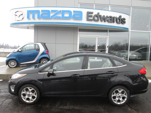 2011 ford fiesta sel pembroke ontario used car for sale. Black Bedroom Furniture Sets. Home Design Ideas