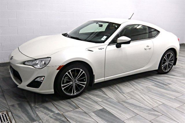 2014 scion fr s 2 0l 6 speed coupe alloys bluetooth power package. Black Bedroom Furniture Sets. Home Design Ideas