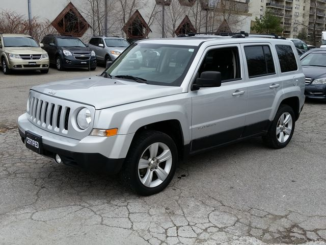 2011 jeep patriot limited 4x4 no accident 1 owner silver. Black Bedroom Furniture Sets. Home Design Ideas