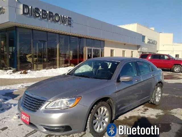 2013 chrysler 200 lx st thomas ontario used car for. Black Bedroom Furniture Sets. Home Design Ideas