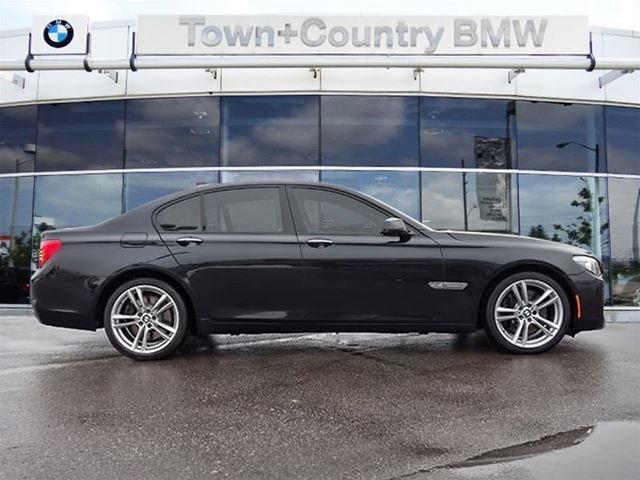 2011 bmw 7 series 750 markham ontario used car for sale. Black Bedroom Furniture Sets. Home Design Ideas