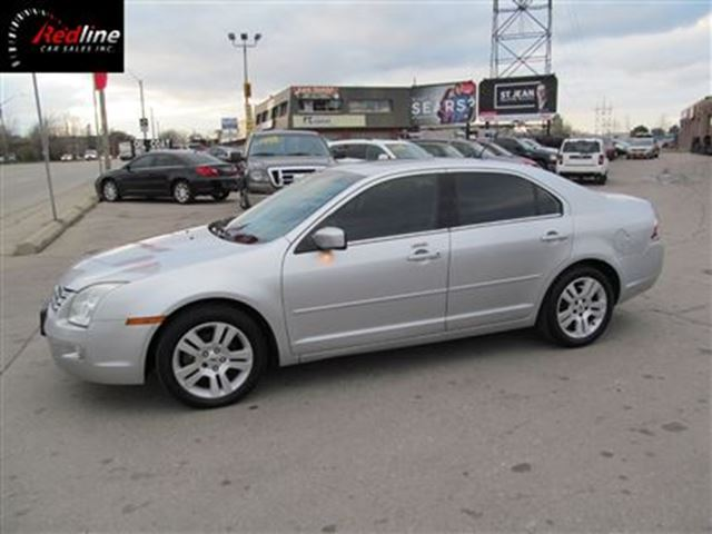 2009 ford fusion sel 2 3l i4 leather sync sunroof hamilton ontario used car for sale 2657111. Black Bedroom Furniture Sets. Home Design Ideas