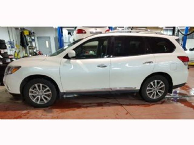 2016 nissan pathfinder sl premium tech packages 4wd pearl white lease busters. Black Bedroom Furniture Sets. Home Design Ideas