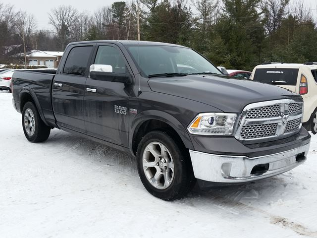2016 dodge ram 1500 laramie rockland ontario used car for sale 2657077. Black Bedroom Furniture Sets. Home Design Ideas