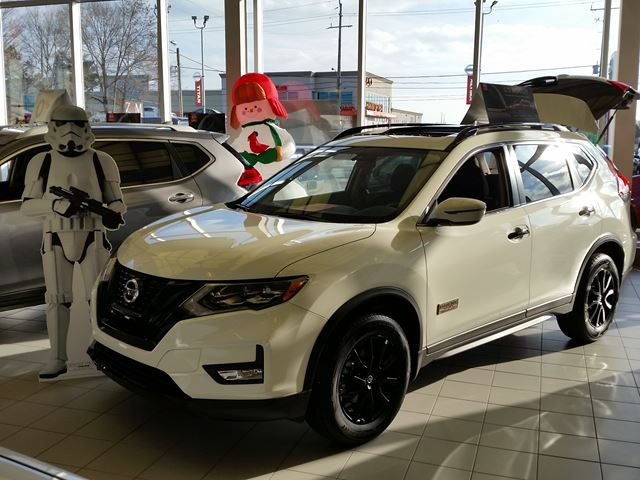 2017 nissan rogue sv awd rogue one star wars limited edition white sherway nissan new car. Black Bedroom Furniture Sets. Home Design Ideas