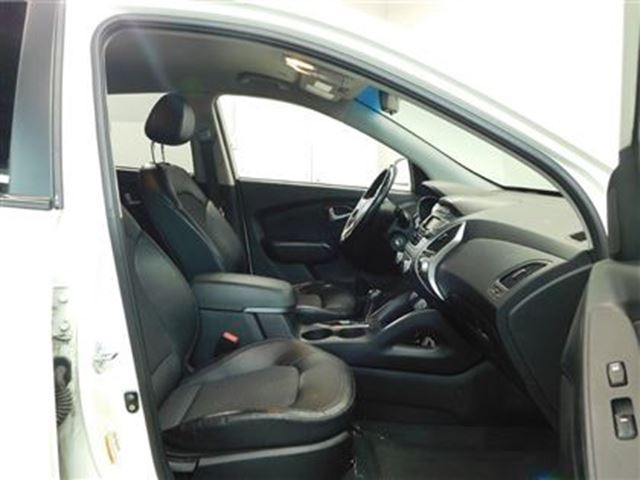 used 2011 hyundai tucson i 4 cy limited awd leather toronto. Black Bedroom Furniture Sets. Home Design Ideas
