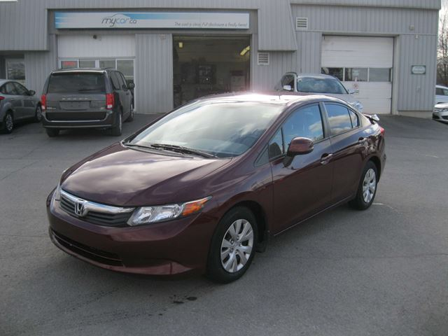 2012 honda civic lx kingston ontario used car for sale 2658277. Black Bedroom Furniture Sets. Home Design Ideas