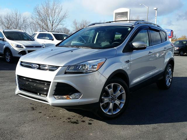 2016 ford escape titanium belleville ontario used car for sale 2659939. Black Bedroom Furniture Sets. Home Design Ideas
