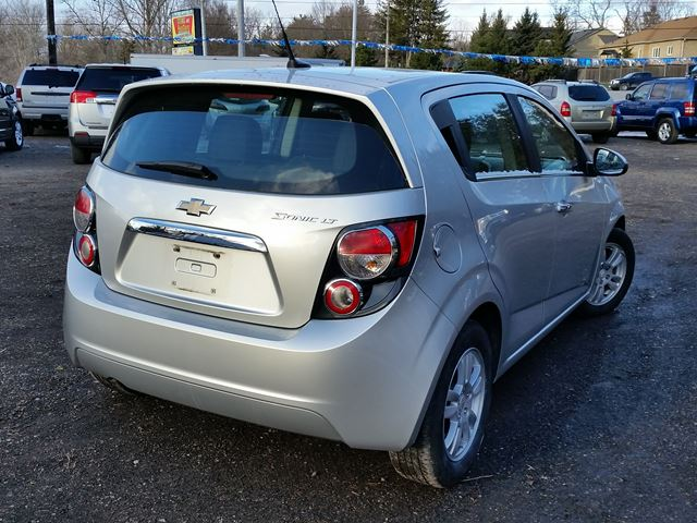 2012 chevrolet sonic lt whitby ontario used car for sale 2659730. Black Bedroom Furniture Sets. Home Design Ideas