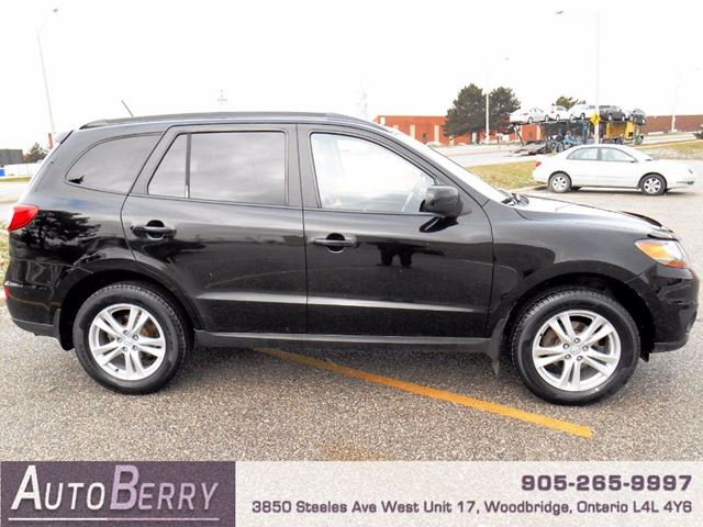 2010 hyundai santa fe gls awd sport pkg black auto berry brampton guardian. Black Bedroom Furniture Sets. Home Design Ideas
