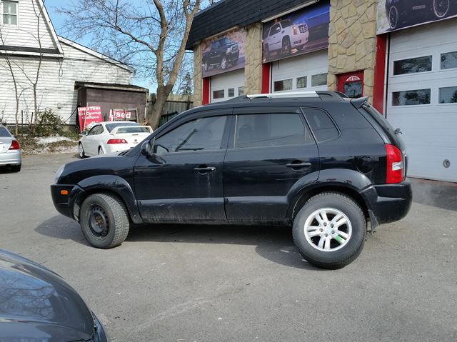 2008 hyundai tucson limited ottawa ontario used car for sale 2661306. Black Bedroom Furniture Sets. Home Design Ideas