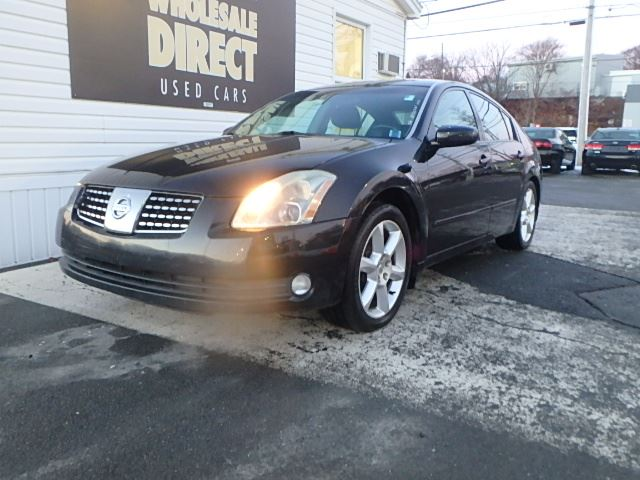 2004 nissan maxima sedan 3 5 l halifax nova scotia used. Black Bedroom Furniture Sets. Home Design Ideas