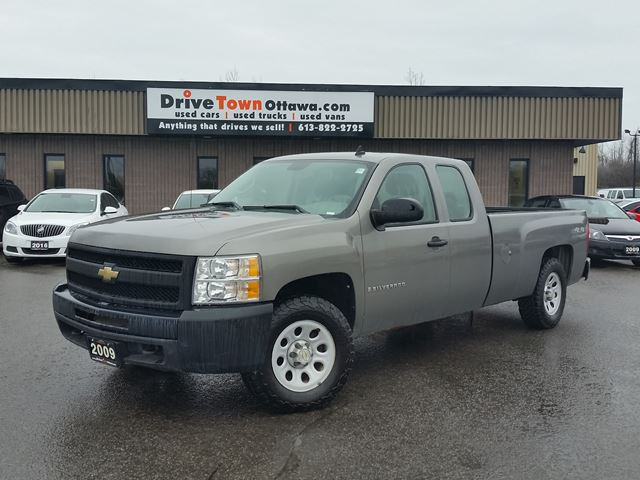 2009 chevrolet silverado 1500 extended cab 4x4 5 3l 8ft box ottawa ontario used car for. Black Bedroom Furniture Sets. Home Design Ideas