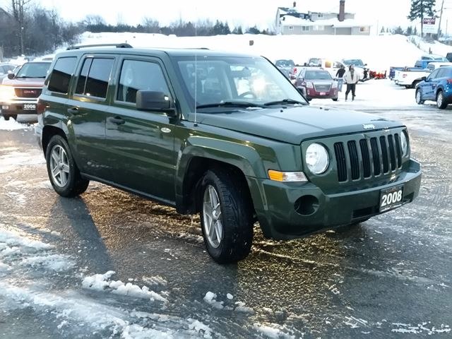 2008 jeep patriot sport 4x4 only 68000km ottawa. Black Bedroom Furniture Sets. Home Design Ideas