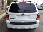 2010 Ford Escape XLT in Hamilton, Ontario image 12