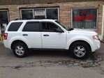 2010 Ford Escape XLT in Hamilton, Ontario image 15