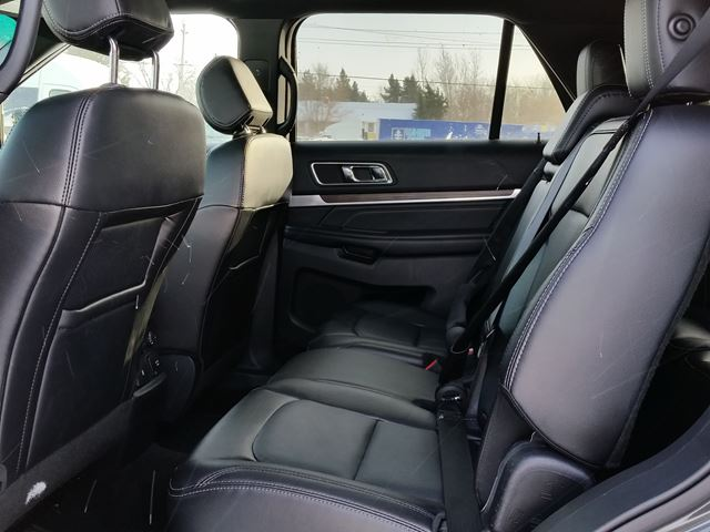 2016 ford explorer limited 4x4 loaded leather heated vented seats pano roof blind spot. Black Bedroom Furniture Sets. Home Design Ideas