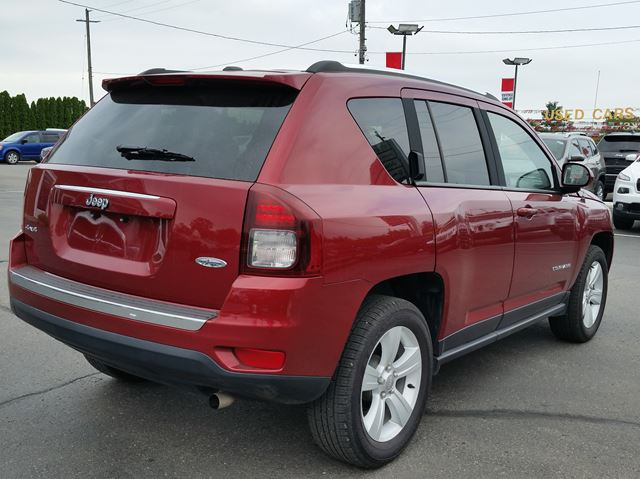 2016 jeep compass high altitude 4x4 leather heated seats sunroof bluetooth paris ontario. Black Bedroom Furniture Sets. Home Design Ideas