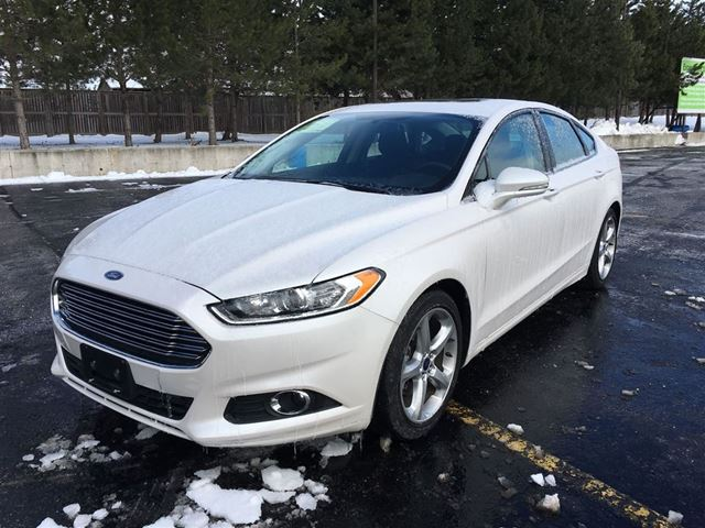 2016 ford fusion se cayuga ontario used car for sale 2664031. Black Bedroom Furniture Sets. Home Design Ideas