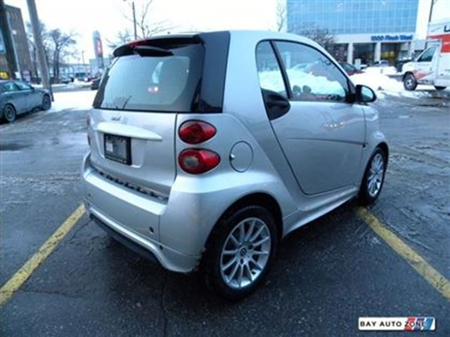 2013 smart fortwo passion navigation glass roof toronto ontario used car for sale 2664585. Black Bedroom Furniture Sets. Home Design Ideas