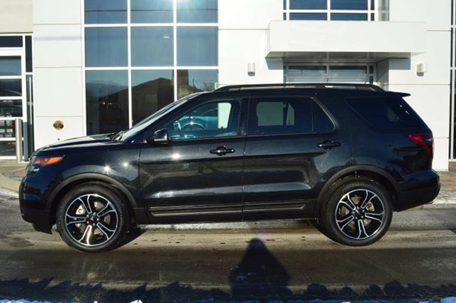 2015 ford explorer sport 4dr 4x4 kamloops british columbia used car for sale 2664689. Black Bedroom Furniture Sets. Home Design Ideas