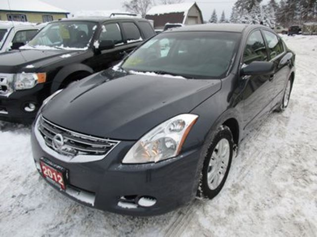 2012 nissan altima 39 great value 39 fuel efficient 39 s. Black Bedroom Furniture Sets. Home Design Ideas