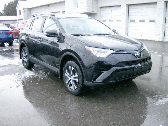 2017 toyota rav4 le fwd heated seats cobourg ontario used car for sale 2664940. Black Bedroom Furniture Sets. Home Design Ideas