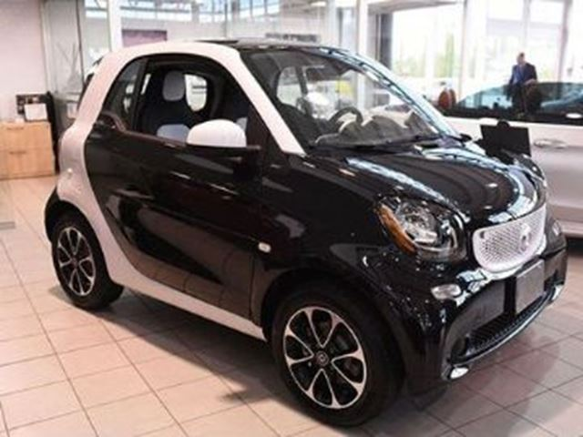 2016 smart fortwo passion mississauga ontario used car for sale 2665145. Black Bedroom Furniture Sets. Home Design Ideas