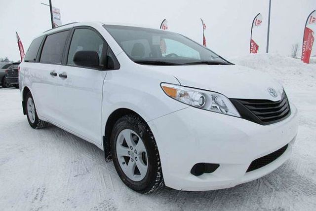 2015 toyota sienna gatineau quebec used car for sale. Black Bedroom Furniture Sets. Home Design Ideas