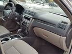 2011 Ford Fusion SEL w/factory pwr sunroof in St Catharines, Ontario image 14