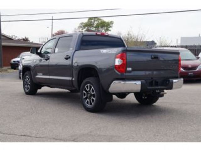 2016 toyota tundra 4wd crew max sr5 mississauga ontario. Black Bedroom Furniture Sets. Home Design Ideas