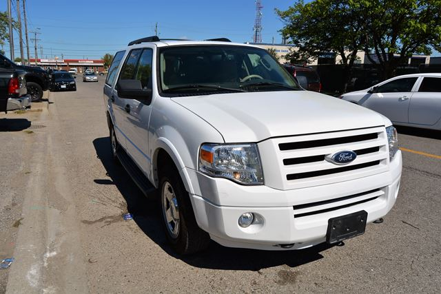 2009 ford expedition xlt 8 passenger all wheel drive. Black Bedroom Furniture Sets. Home Design Ideas