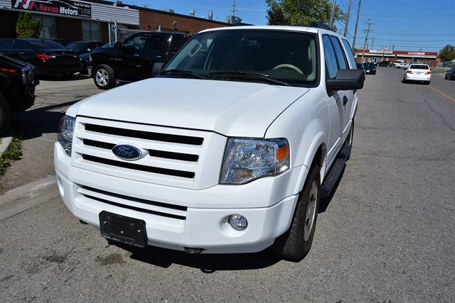 2009 ford expedition xlt 8 passenger all wheel drive brampton ontario used car for sale. Black Bedroom Furniture Sets. Home Design Ideas