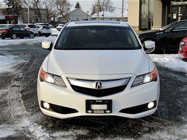 2014 acura ilx dynamic w navi package 2 3 l 6 speed ottawa ontario used car for sale 2666988. Black Bedroom Furniture Sets. Home Design Ideas