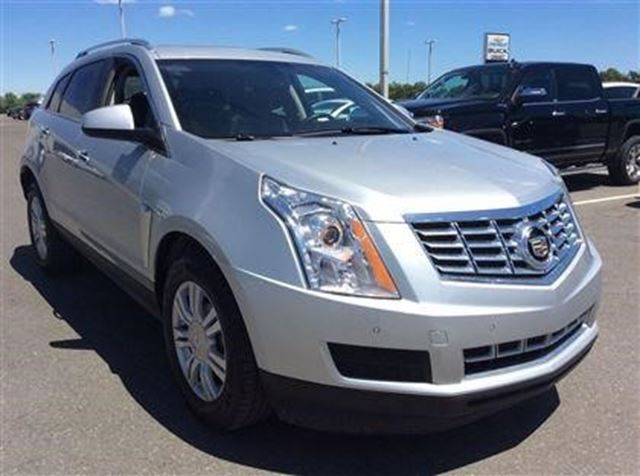 2015 cadillac srx luxury pickering ontario used car for sale 2667371. Black Bedroom Furniture Sets. Home Design Ideas