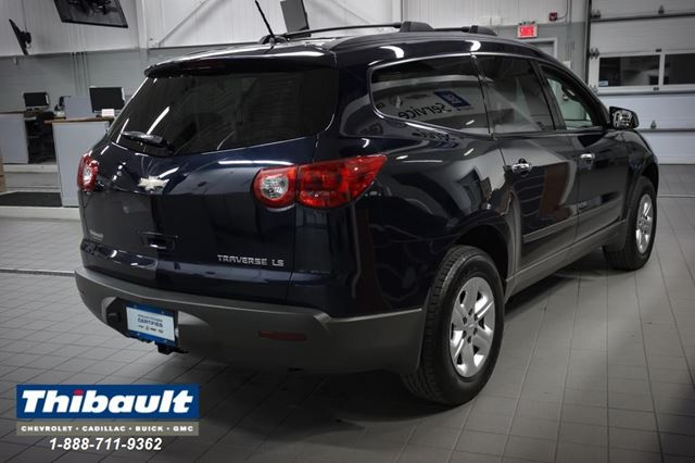 2012 chevrolet traverse ls sherbrooke quebec car for. Black Bedroom Furniture Sets. Home Design Ideas