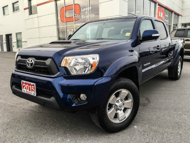 2015 toyota tacoma double cab double cab trd sport cobourg ontario used car for sale 2668439. Black Bedroom Furniture Sets. Home Design Ideas