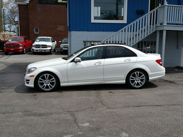 Mercedes  C Black At Barrie On