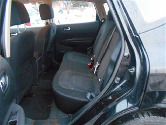 2012 nissan rogue s cvt scarborough ontario used car for sale 2669218. Black Bedroom Furniture Sets. Home Design Ideas