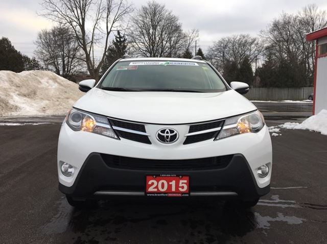 2015 toyota rav4 xle 4dr front wheel drive brantford ontario used car for sale 2669817. Black Bedroom Furniture Sets. Home Design Ideas