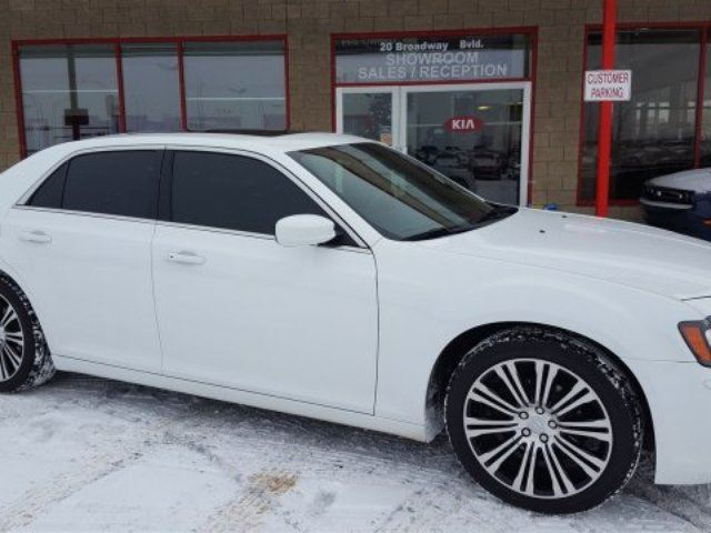 2012 Chrysler 300 S/SPORT Accident Free, Leather, Heated Seats, A/C, - Edmonton in Sherwood Park, Alberta